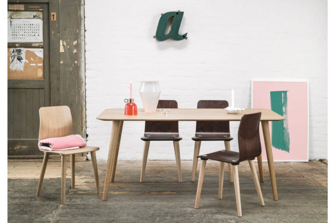 Mamo Dining Table Feat