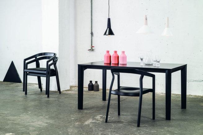 TON Table Trapez Z 9